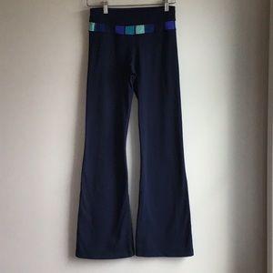 Lululemon Groove Reversible Flare Pants, Navy Blue, Color Block, size 4